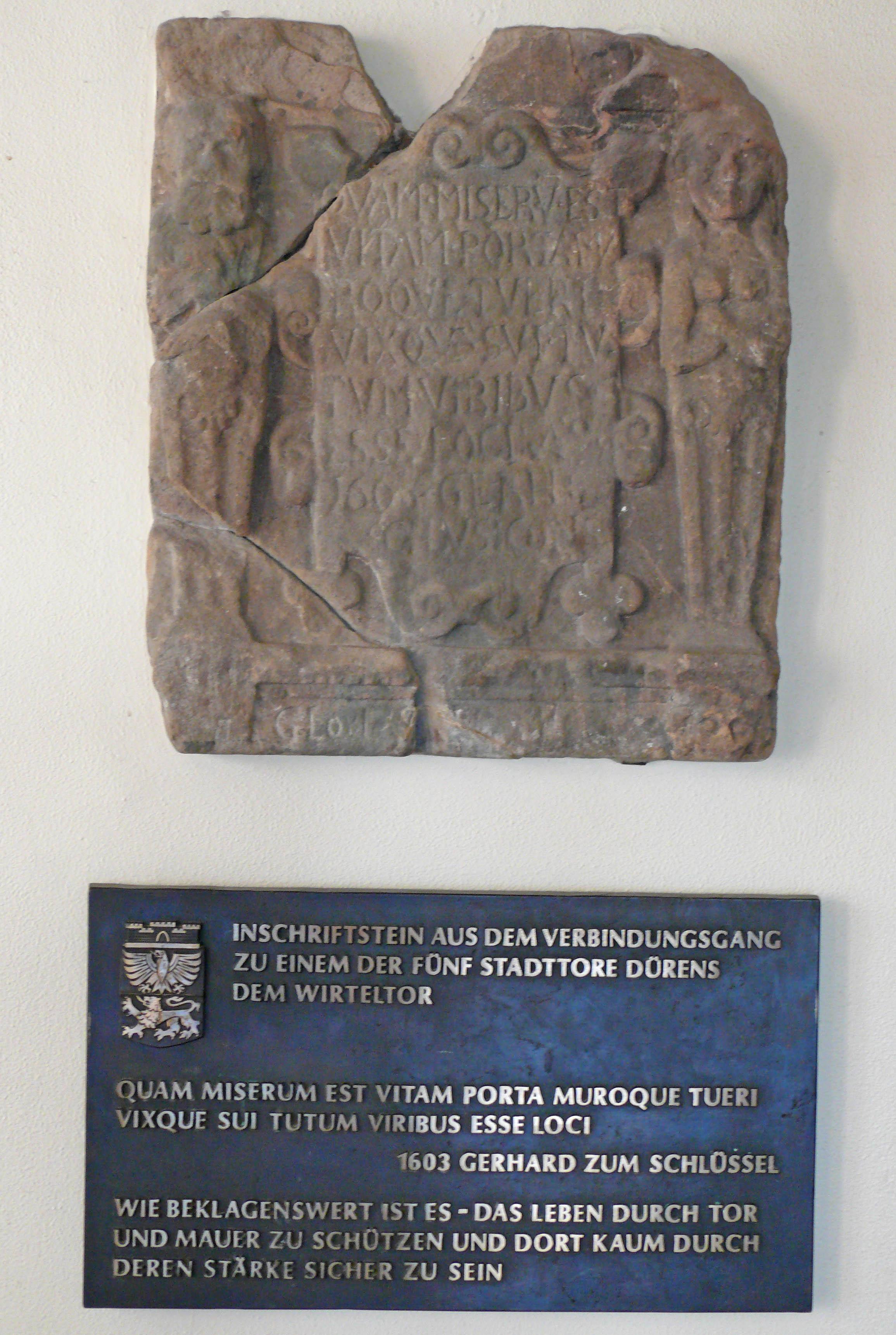 Inschriftstein Wirteltor